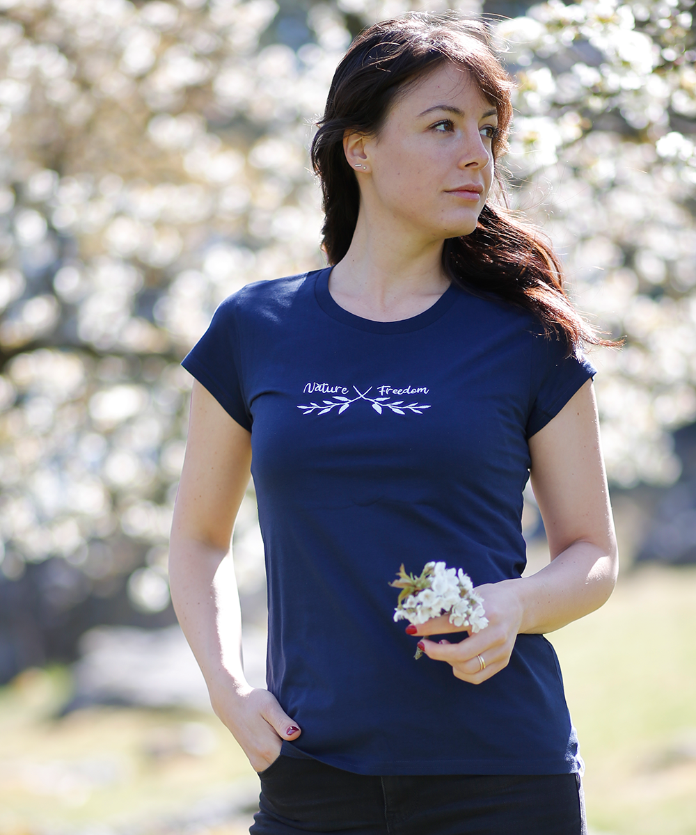 Nature meets Freedom - blue Shirt